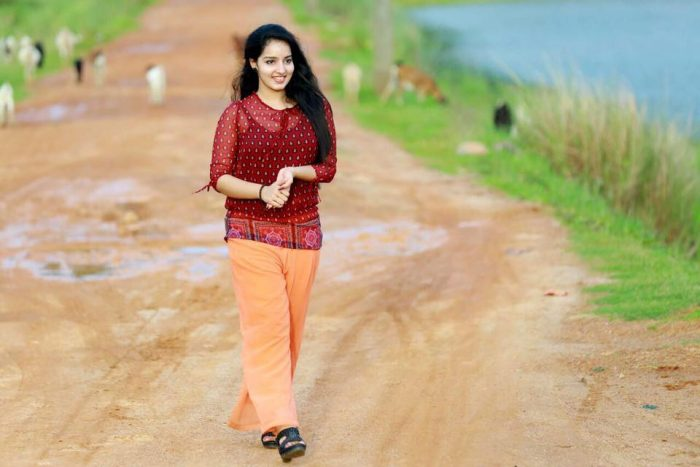 Malavika Menon Wiki, Biography, Age, Movies, Family, Images - News Bugz