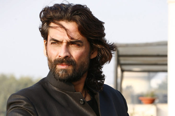 Mukul Dev Wiki, Biography, Age, Movies, Family, Images - News Bugz