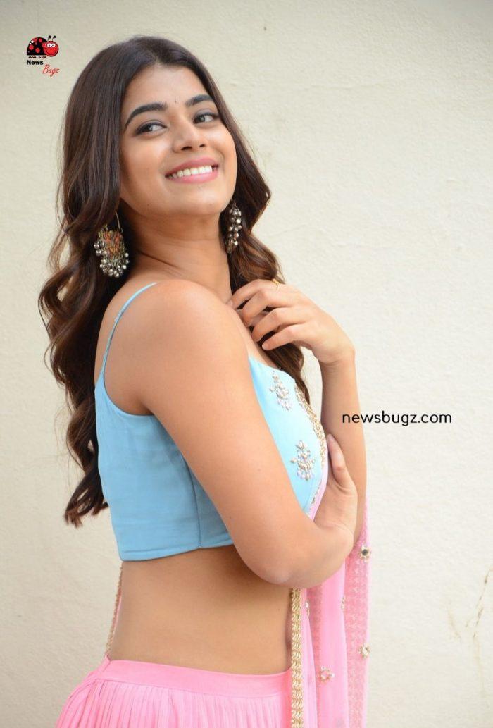 Yamini Bhaskar Images