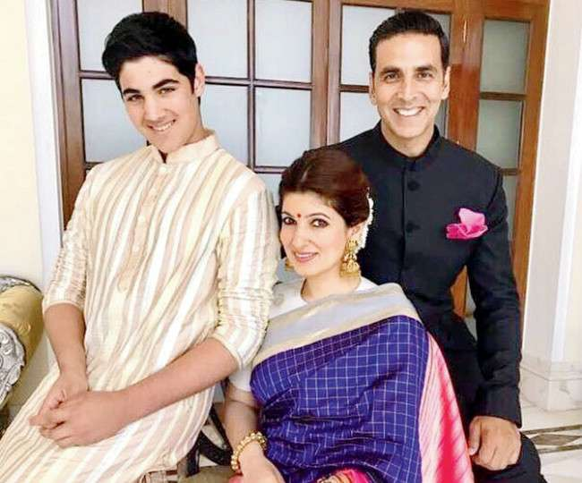 Akshay Kumar Family Photo