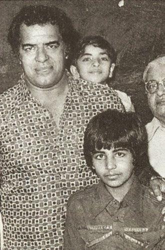 Akshay Kumar Father