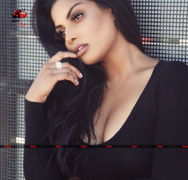 Chandrika Ravi Images
