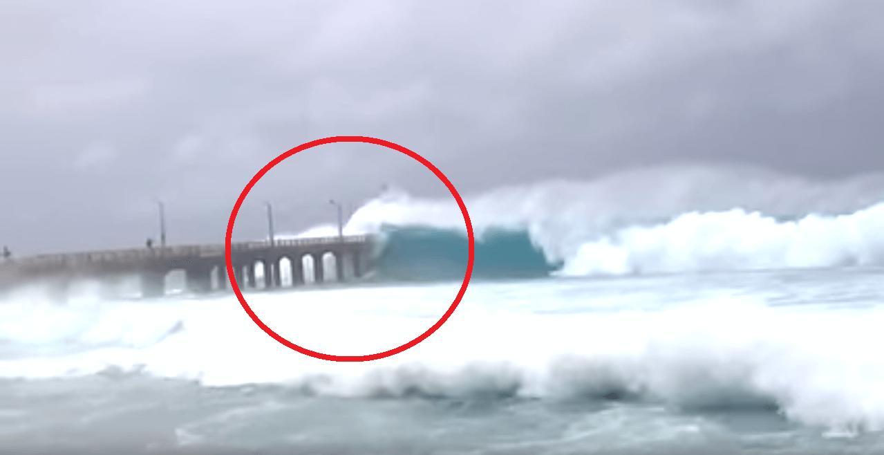 Cyclone Gaja hits Pamban Bridge