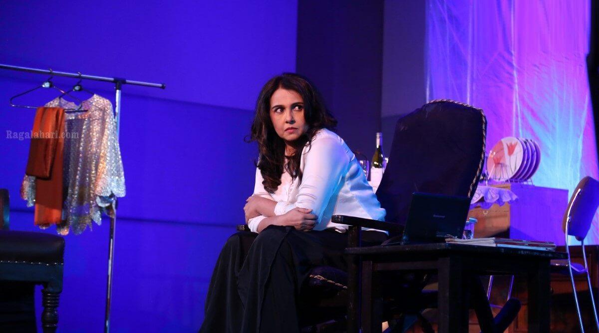 Suchitra Krishnamoorthi Images