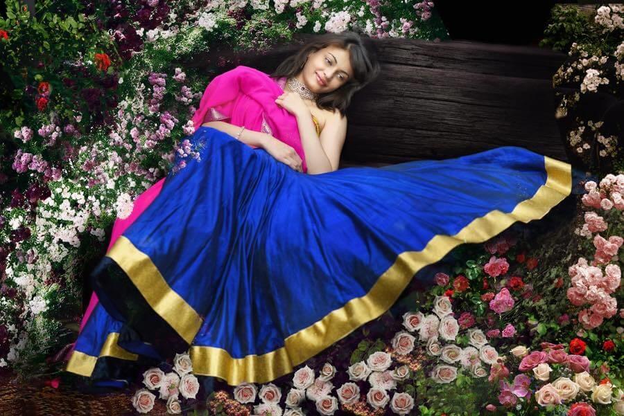 Sneha Ullal Images