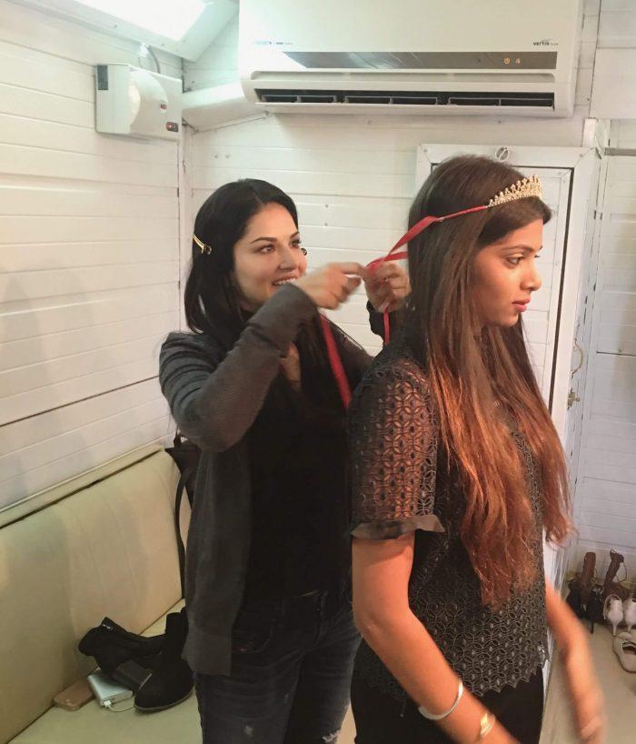 Karishma Naidu Sister Sunny Leone
