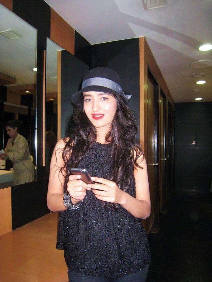 Khatera Hakimi Images