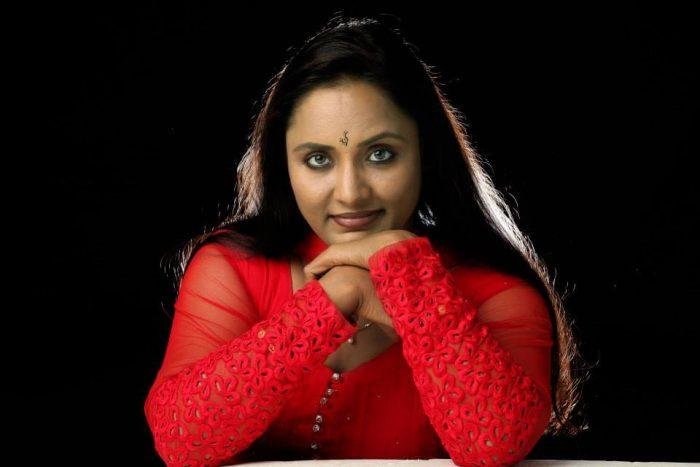 Nisha Sarangh Images