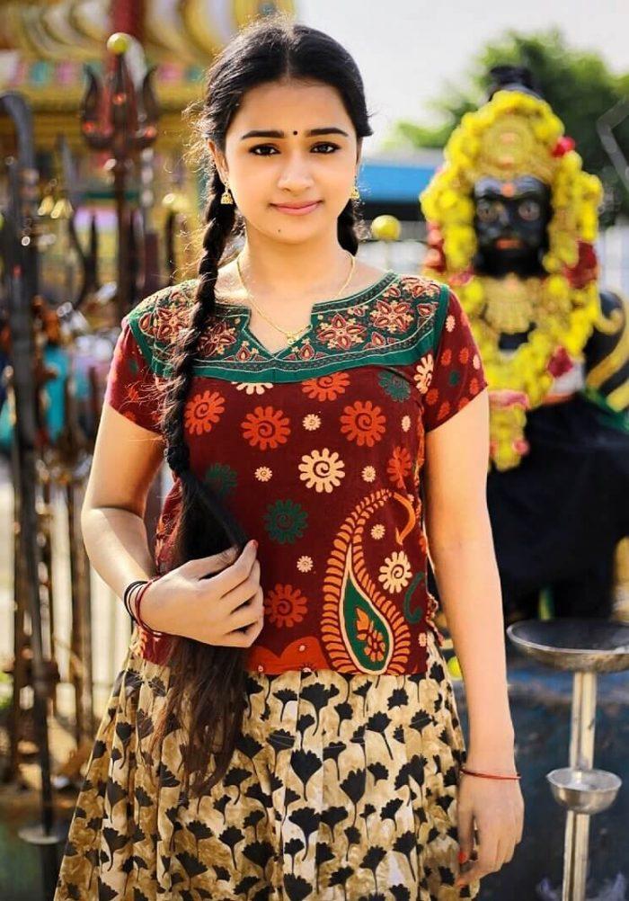 Actress Kannika Ravi