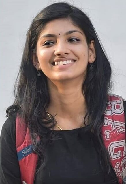 Devi Narayanan Images