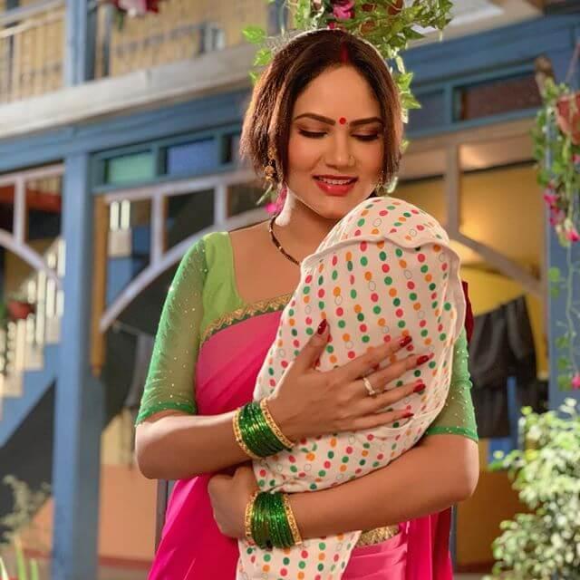 Kamna Pathak Images