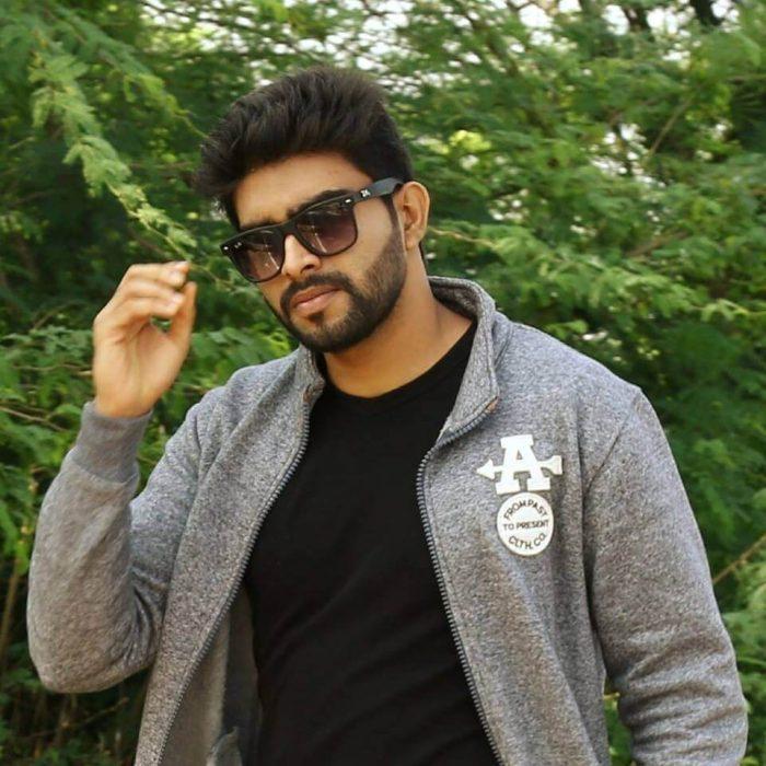 Actor Manoj Puttur Images
