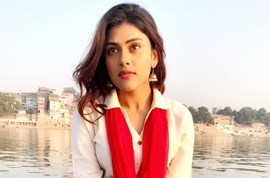 Naira Shah Images