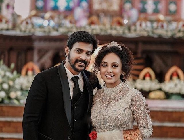Pearle Maaney Boyfriend Srinish Aravind