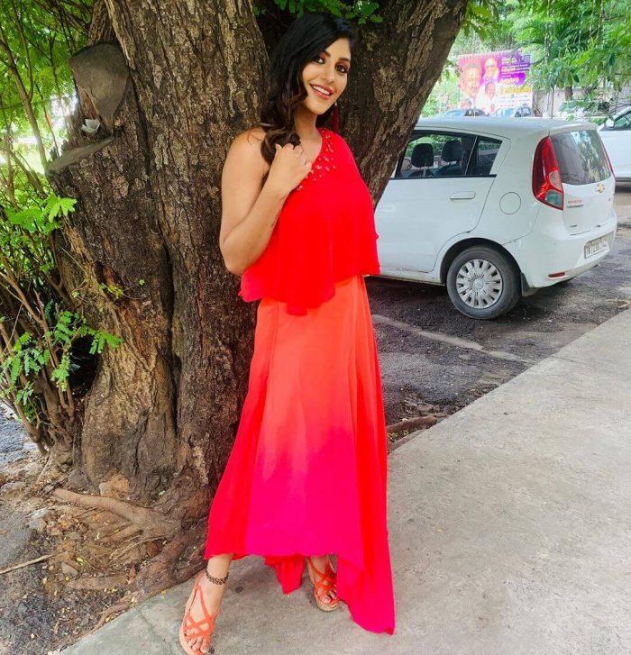 Yashika Anand Images