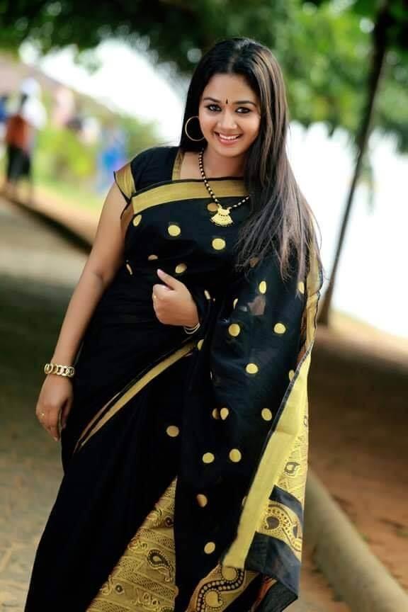 Saranya Sasi Serial Actress