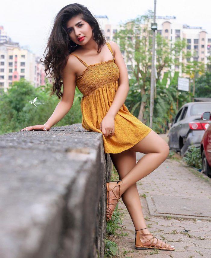 Nishi Singh (Actress) Wiki, Biography, Age, Movies, Images -World Super Star Bio